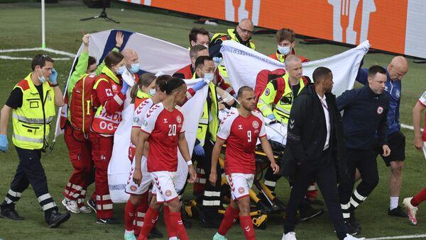 Drama tokom utakmice Danske i Finske - Sputnik Srbija