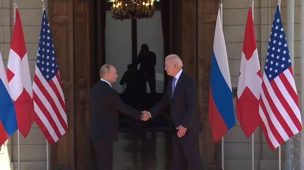 Vladimir Putin i Džo Bajden u Ženevi - Sputnik Srbija