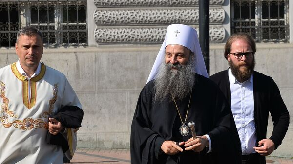 Patrijarh Porfirije stiže u Vaznesenjsku crkvu - Sputnik Srbija