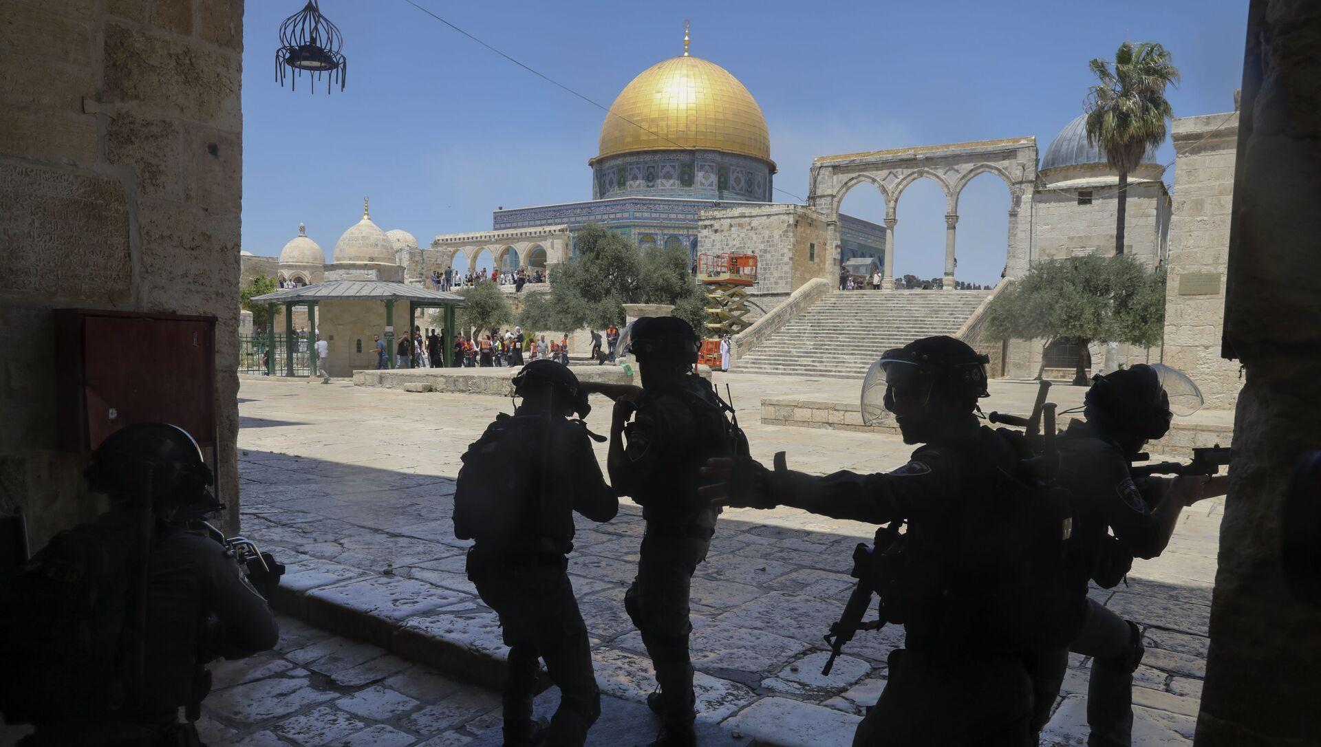 Sukob Palestinaca i izraelske policije kod džamije Al Aksa - Sputnik Srbija, 1920, 18.06.2021