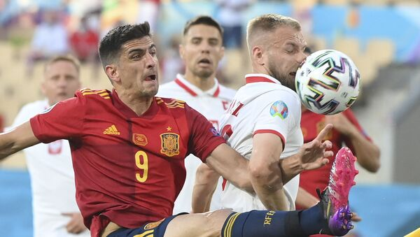 Đerar Morano u duelu na meču Španija – Poljska – EURO 2020 - Sputnik Srbija