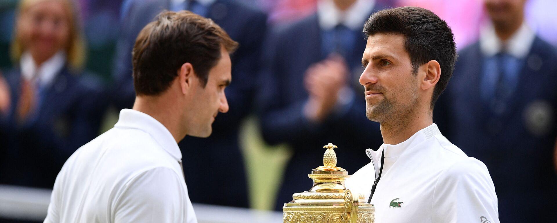 Rodžer Federer i Novak Đoković posle finala Vimbldona 2019. godine - Sputnik Srbija, 1920