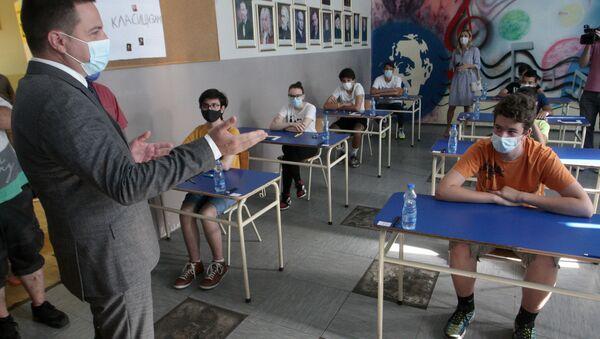 Polaganje male mature u osnovnoj školi u Zemunu - Sputnik Srbija