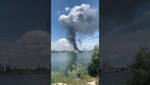 Експлозија у рафинерији у Румунији - Sputnik Србија