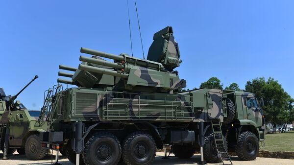 Ракетни систем ПВО Панцир С1 - Sputnik Србија