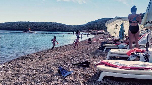 Словенска плажа у Будви - Sputnik Србија