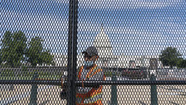 Uklanjanje ograde oko Kapitola u Vašingtonu - Sputnik Srbija