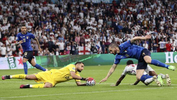 Детаљ са утакмице Италије – Енглеска - Sputnik Србија
