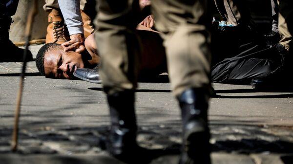 Протести у Јужноафричкој Републици - Sputnik Србија