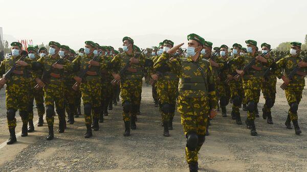Voennoslužaщie armii Tadžikistana - Sputnik Srbija