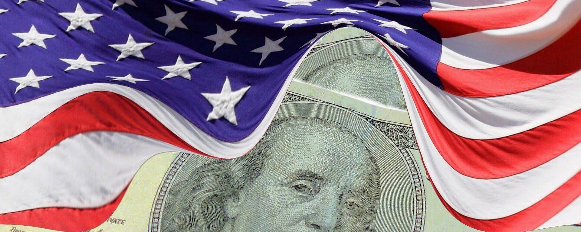 Dolar i američka zastava - Sputnik Srbija, 1920, 26.08.2021