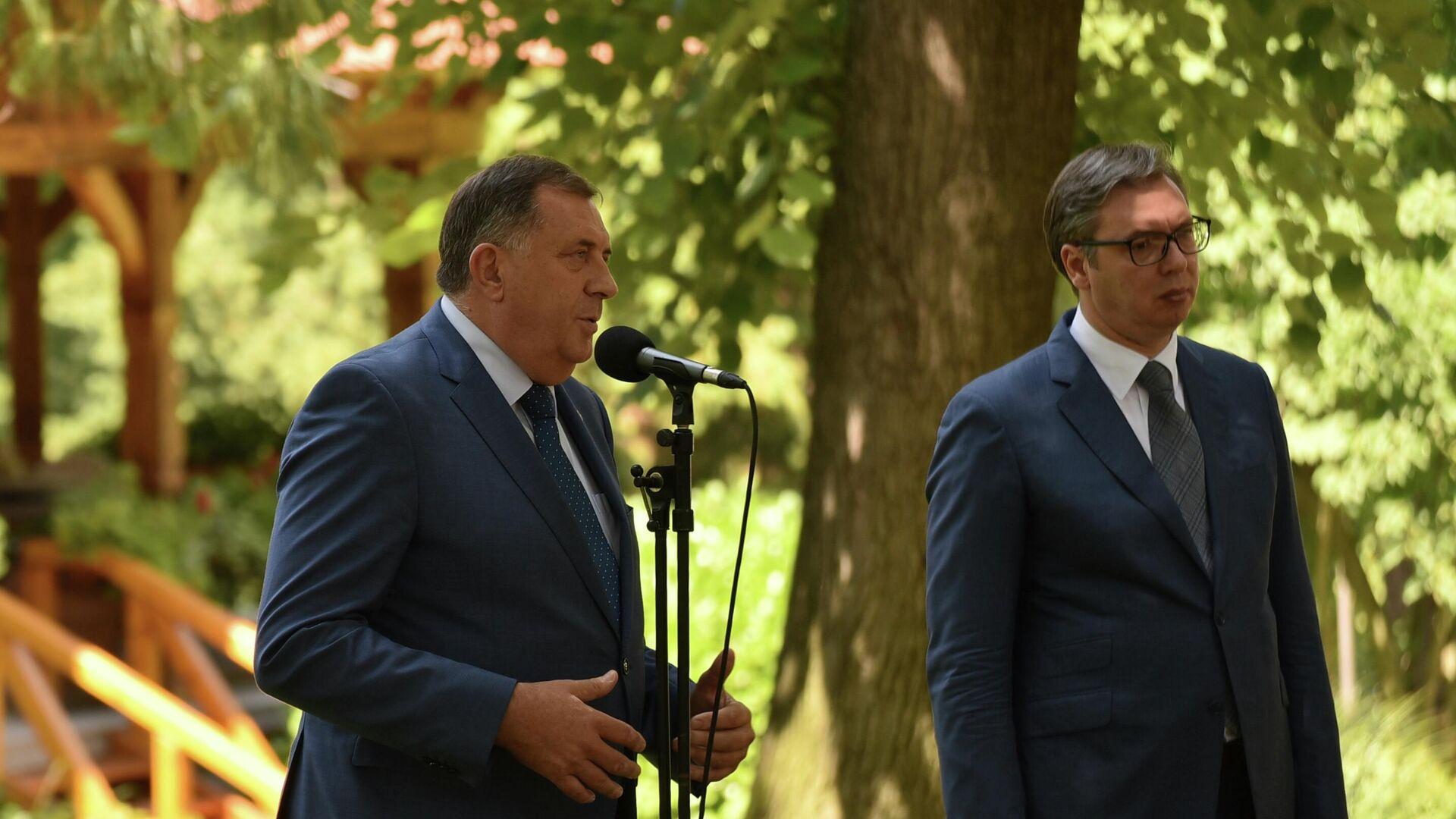 Milorad Dodik i Aleksandar Vučić - Sputnik Srbija, 1920, 04.08.2021