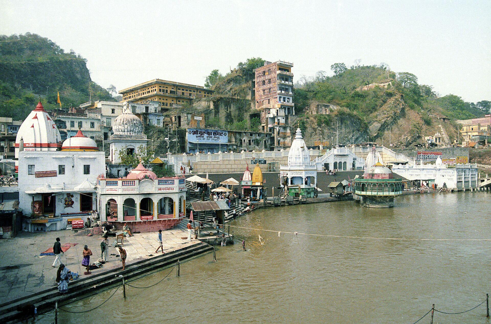Индија, обала реке Ганг - Sputnik Србија, 1920, 20.08.2021