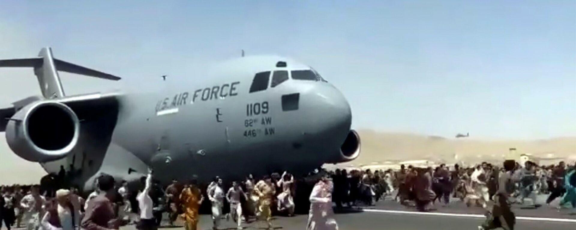 Američki transportni avion koji je evakuisao Avganistance iz Kabula - Sputnik Srbija, 1920, 01.10.2021