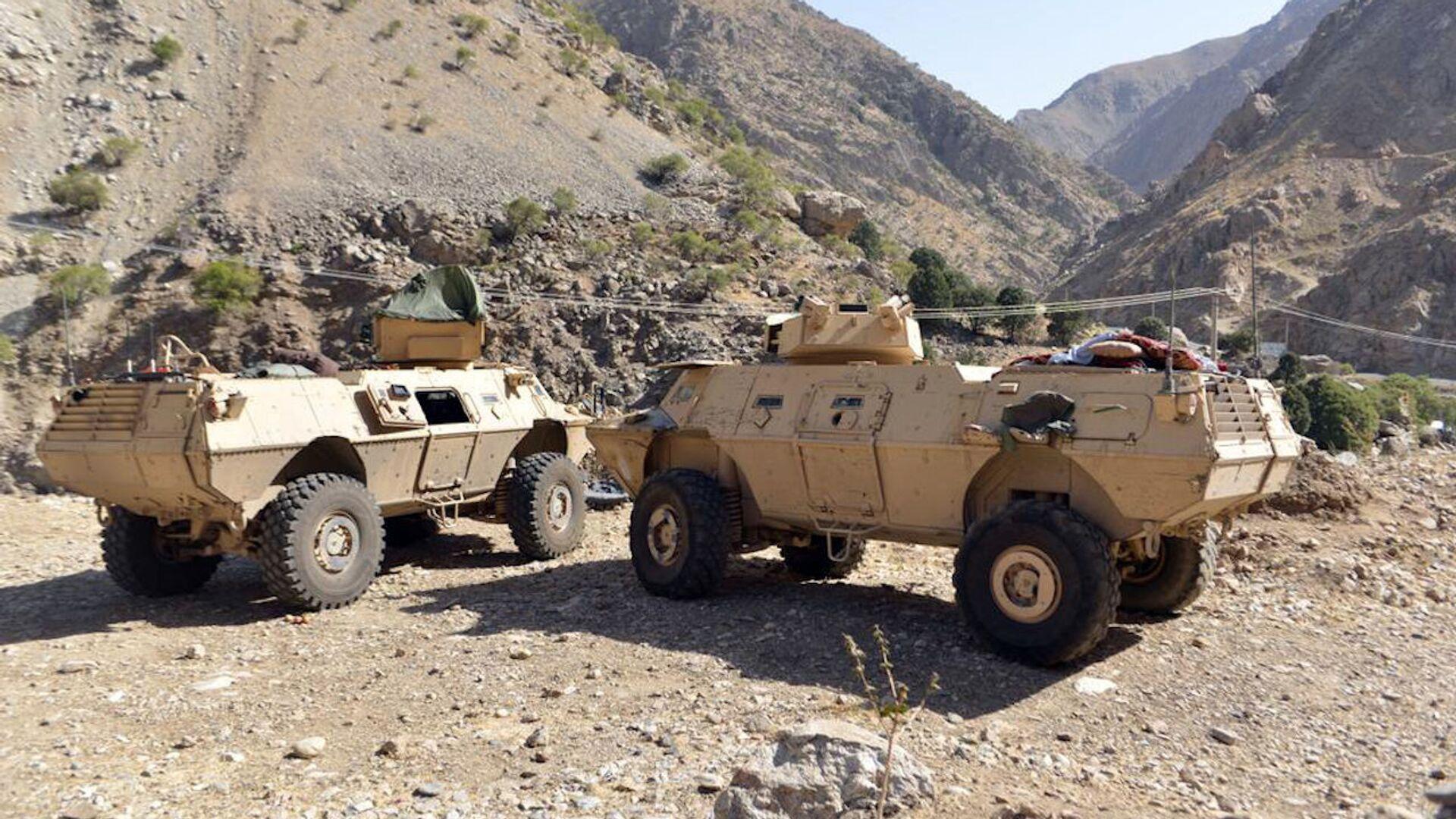 Oklopna vozila avganistanskog pokreta otpora u pokrajini Pandžšer - Sputnik Srbija, 1920, 03.09.2021