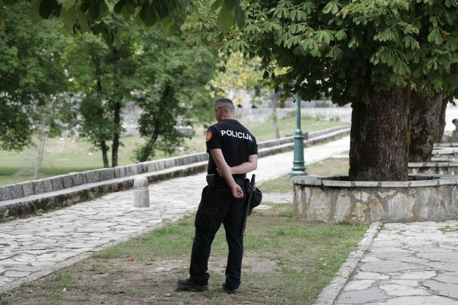 Policija dežura u kompleksu Cetinjskog manastira - Sputnik Srbija, 1920, 03.09.2021
