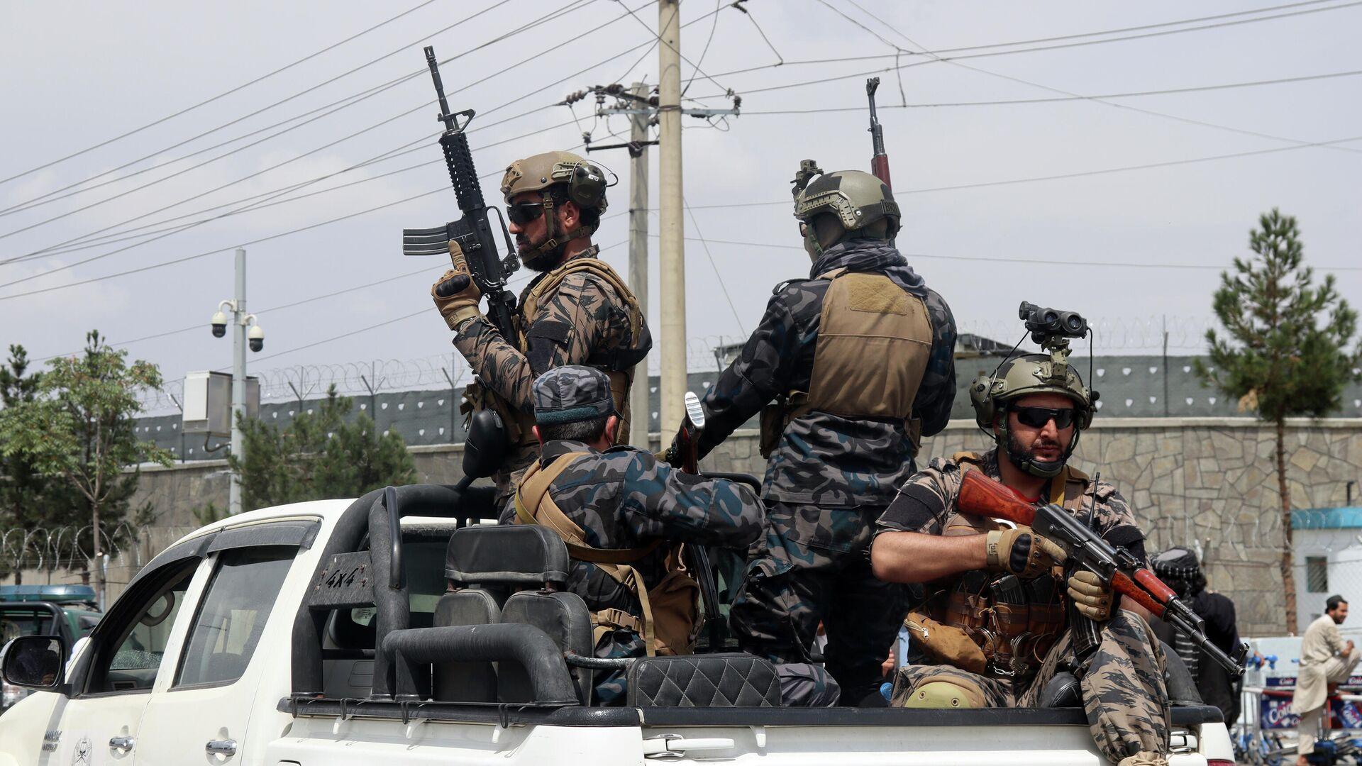 Припадници специјалних снага талибана на аеродрому у Кабулу - Sputnik Србија, 1920, 04.09.2021