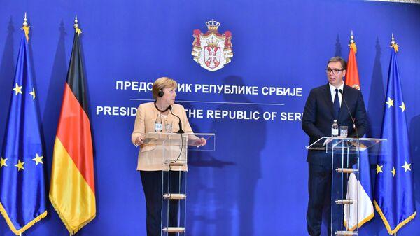 Angela Merkel i Aleksandar Vučić na konferenciji za medije u Beogradu - Sputnik Srbija