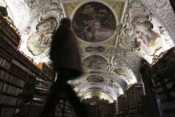 Biblioteka manastira Strahov u Pragu - Sputnik Srbija