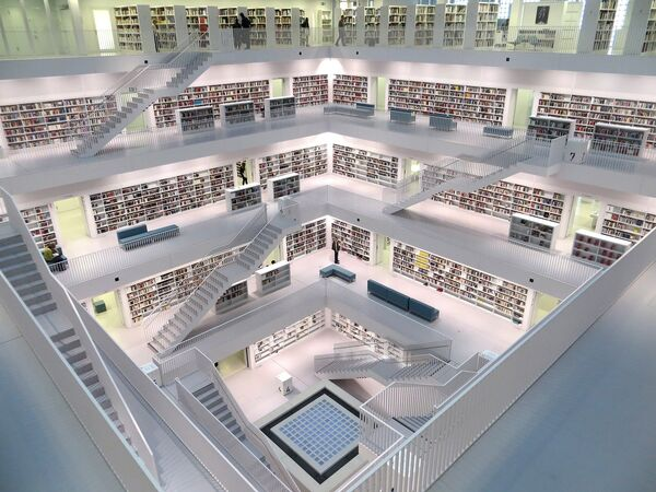 Gradska biblioteka u Štutgartu napravljena je 2011. godine. - Sputnik Srbija