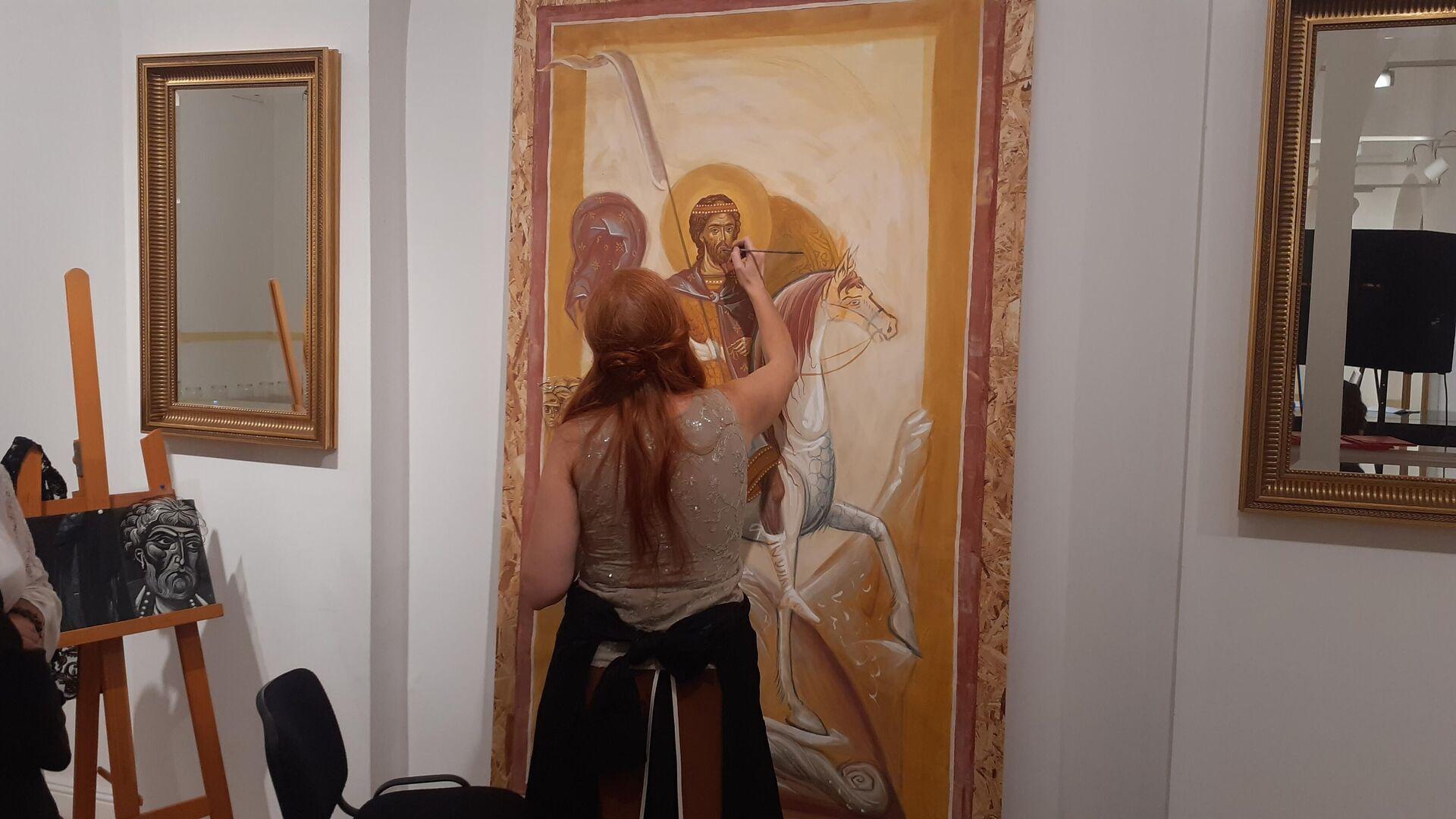 Ruska umetnica Ana Iljina oslikava fresku Aleksandra Nevskog - Sputnik Srbija, 1920, 16.09.2021