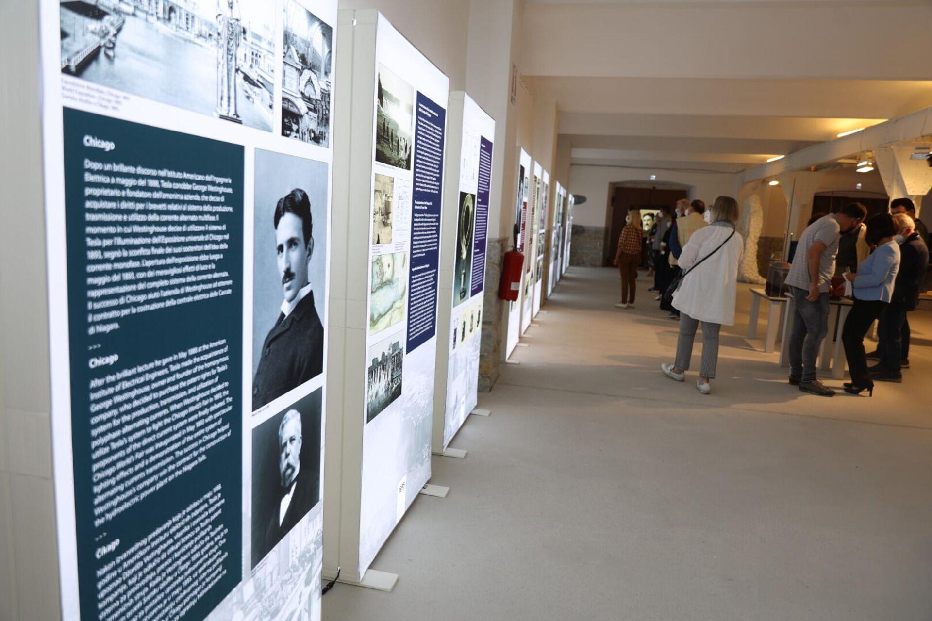 """Otvaranje izložbe """"Nikola Tesla: Čovek iz budućnosti"""" u Trstu - Sputnik Srbija, 1920, 17.09.2021"""