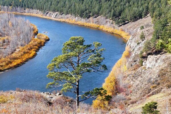 Pogled na reku Ingoda sa Titovske sopke (vulkan). - Sputnik Srbija