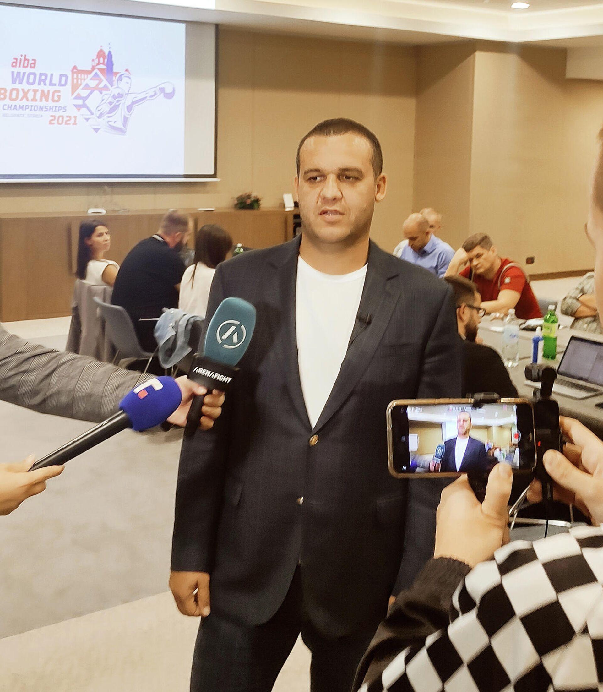 Sastanak LOK i AIBA za Svetsko prvenstvo u boksu u Beogradu (predsednik Umar Kremlev) - Sputnik Srbija, 1920, 04.10.2021