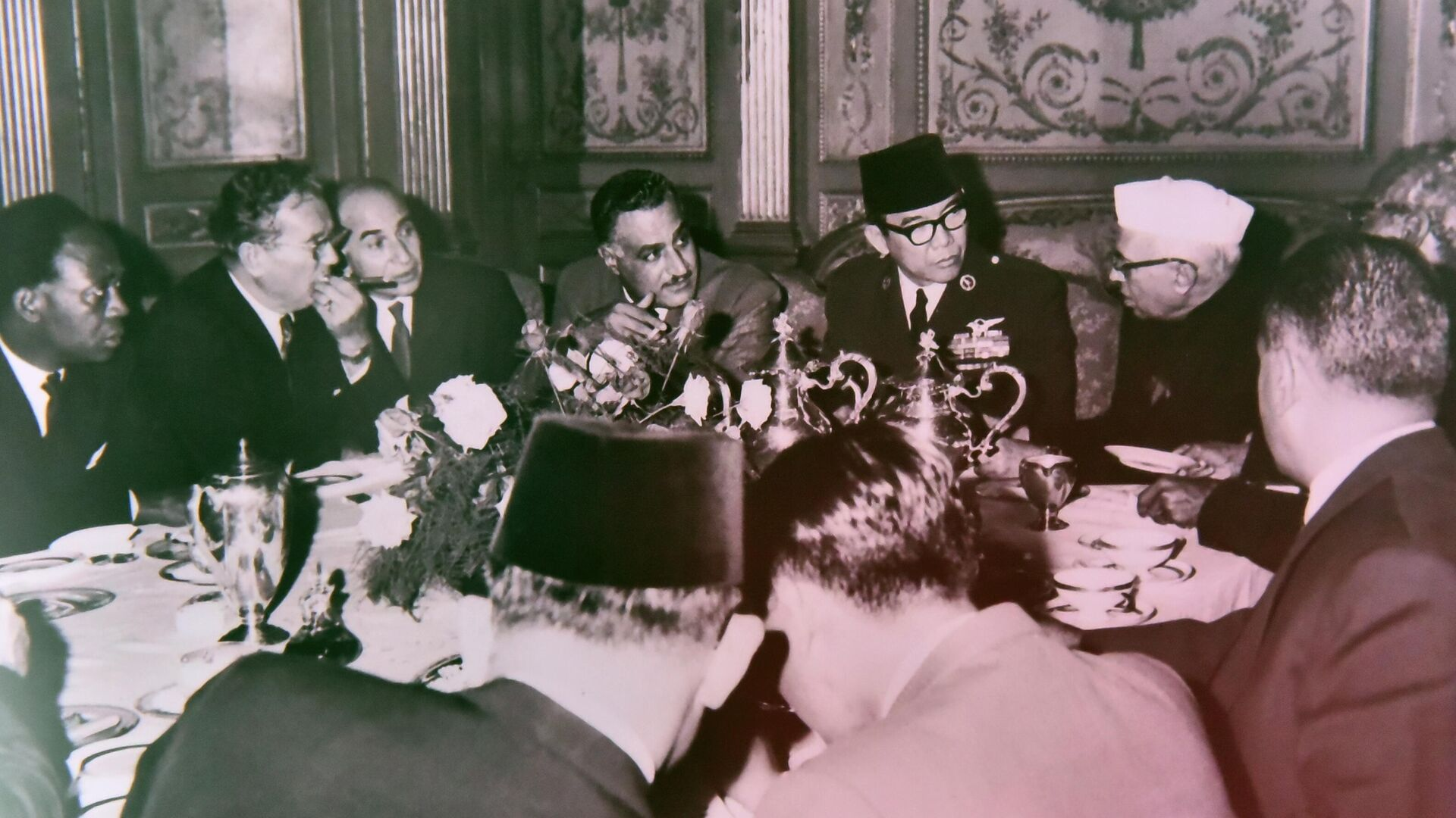 Државе окупљене око Сједињених Америчких Држава су окупљање у Београду означиле антизападним и антиамеричким скупом. Њихова реакција била је непријатељска.  - Sputnik Србија, 1920, 05.10.2021