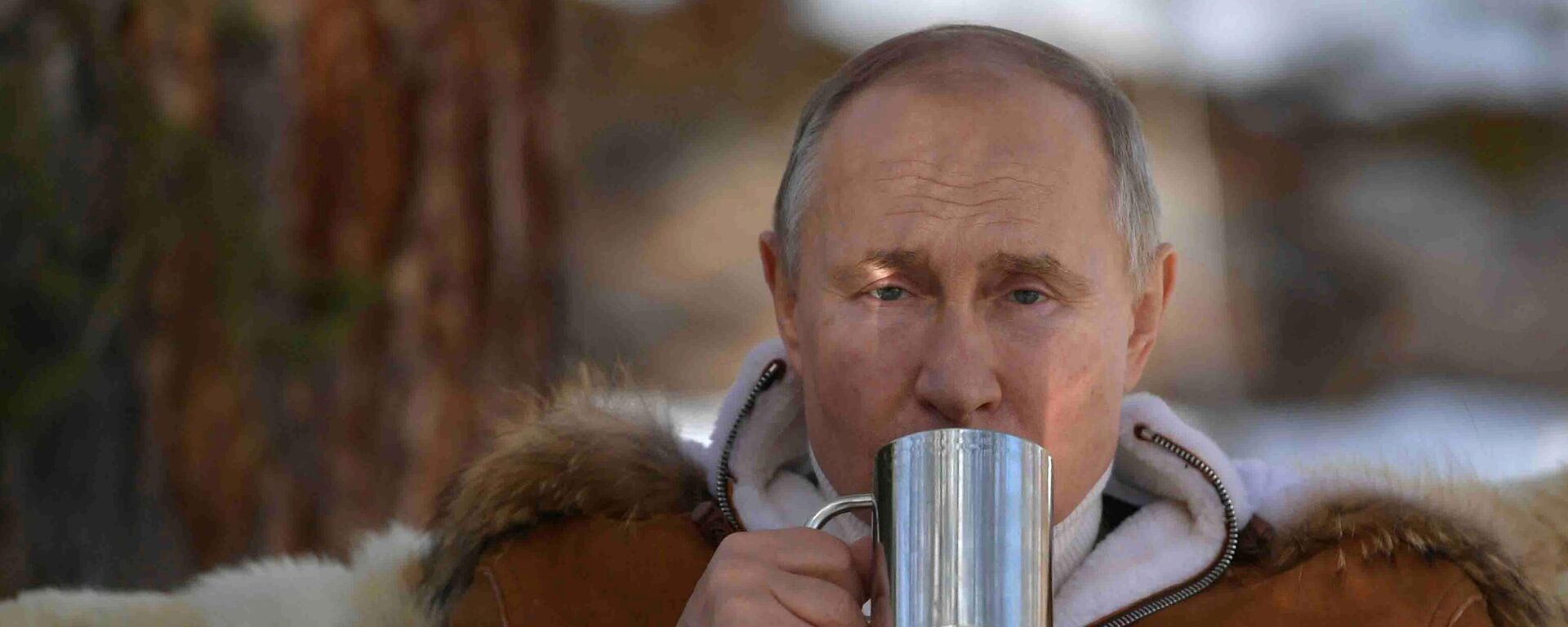 21 marta 2021. Prezident RF Vladimir Putin vo vremя otdыha v taйge. - Sputnik Srbija, 1920, 07.10.2021