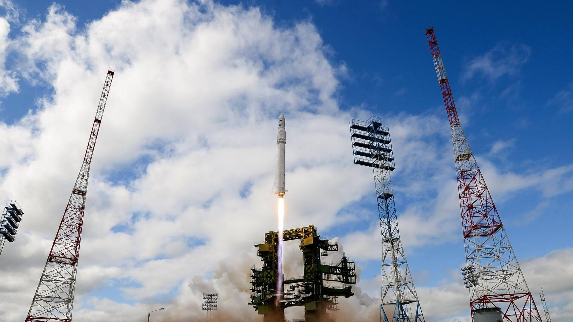 Lansiranje rakete Angara sa kosmodroma Pleseck - Sputnik Srbija, 1920, 09.10.2021