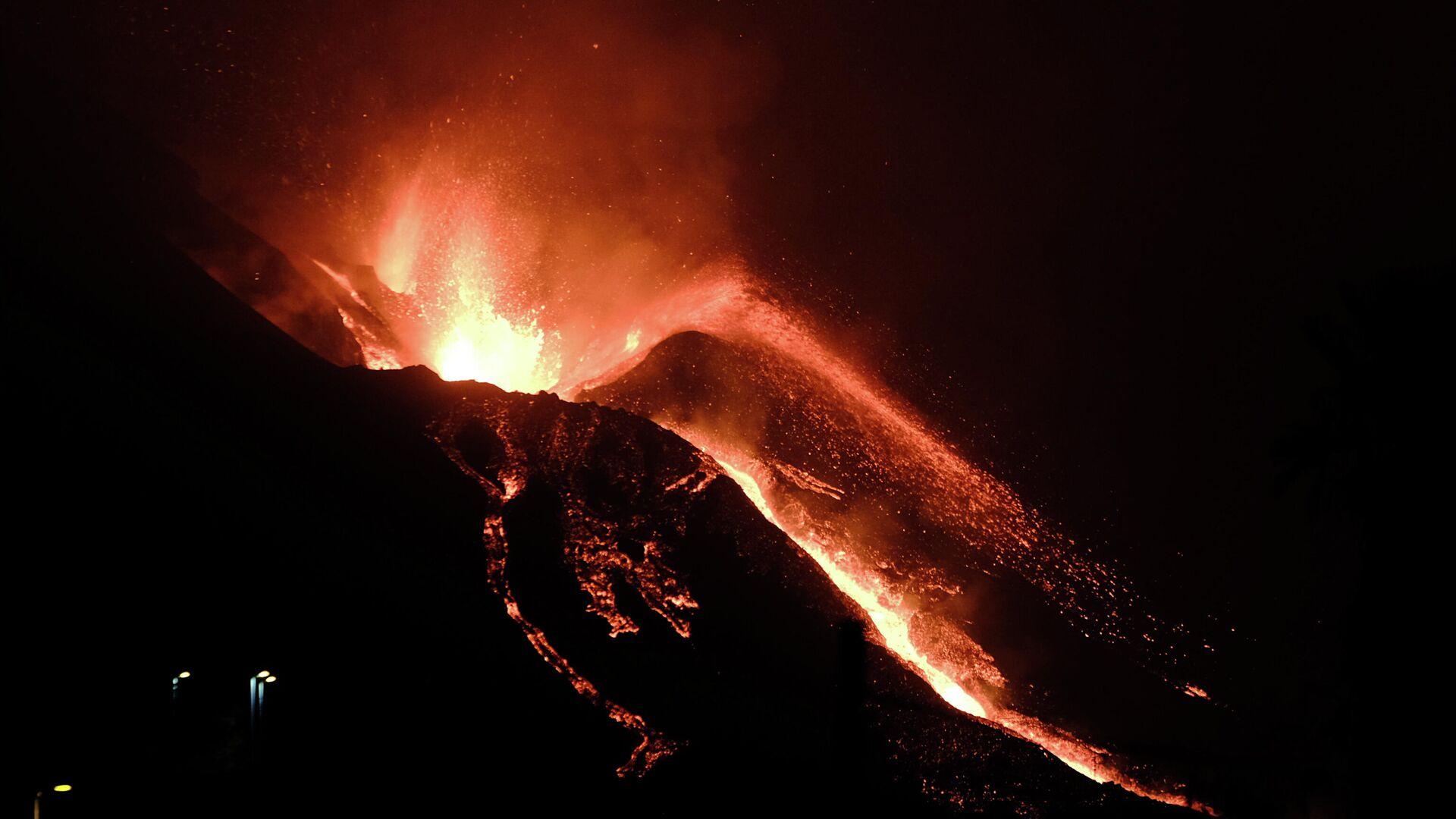 Erupcija vulkana na ostrvu La Palma u Španiji - Sputnik Srbija, 1920, 10.10.2021