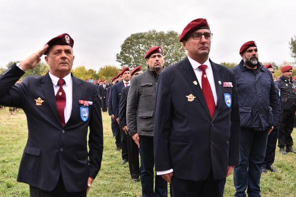 Veterani 63. padobranske na obeležavanju Dana brigade - Sputnik Srbija