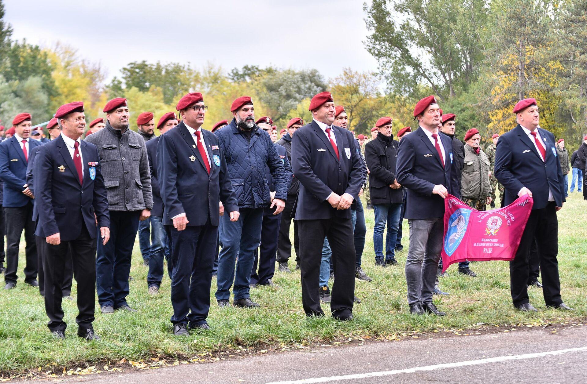 Veterani 63. padobranske na obeležavanju Dana brigade - Sputnik Srbija, 1920, 14.10.2021