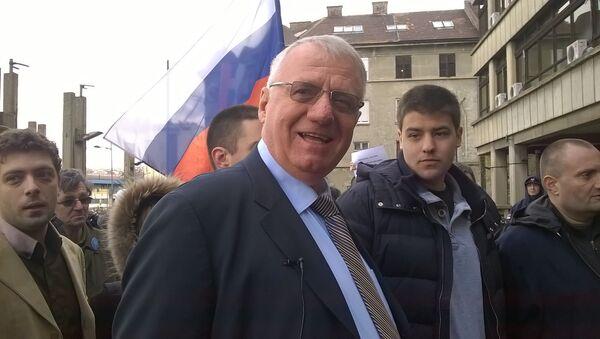 Vojislav Šešelj ispred Palate pravde, 3. aprila 2015 sa suđenja za rehabilitaciju Draže Mihajlovića - Sputnik Srbija