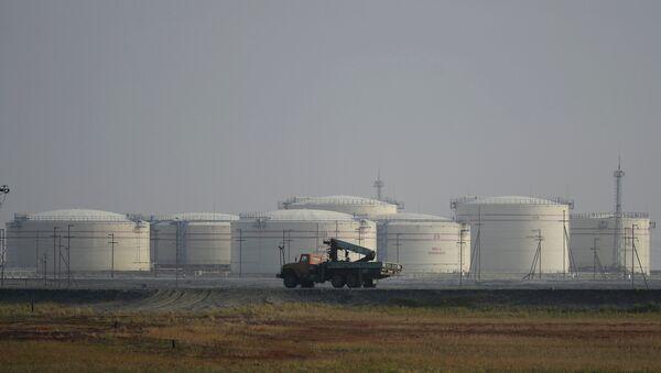 Складиште нафте на обали Карског мора - Sputnik Србија