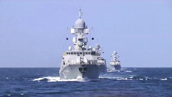 Бродови из Каспијске флоте лансирали крстареће ракете на позиције  терориста ИД у Сирији - Sputnik Србија