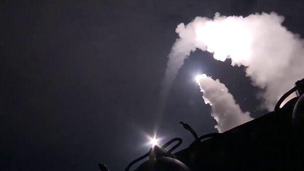 Brodovi iz Kaspijske flote lansirali krstareće rakete na pozicije terorista ID u Siriji - Sputnik Srbija