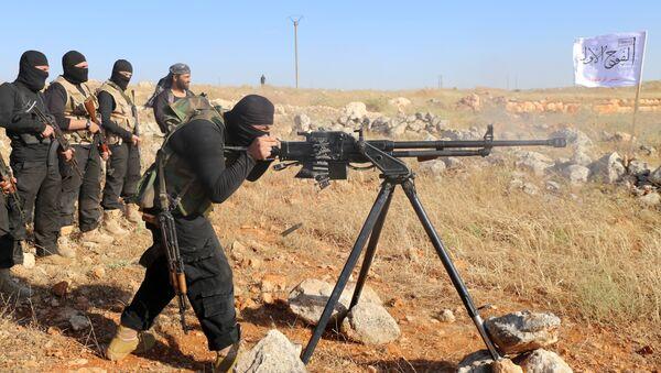 Припадници побуњеничке групе Први батаљон под командом Слободне сиријске армије - Sputnik Србија