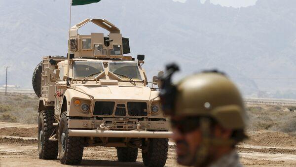 Pukovnik Abdulah bin Sajan, komandant saudijskih snaga u Jemenu u bazi u Adenu - Sputnik Srbija