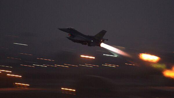 Turski lovac F-16  - Sputnik Srbija