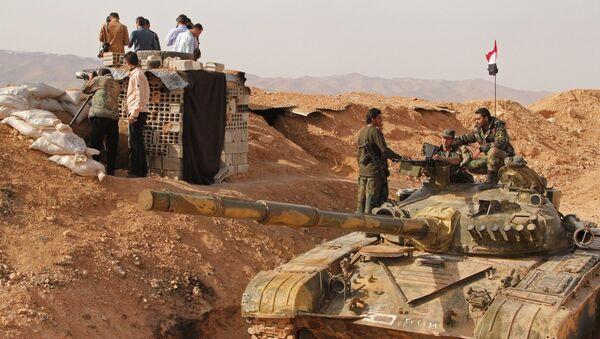 Сиријски војници на Сиријскo-либанскoj граници, 60 км северозападно од Дамаска. - Sputnik Србија