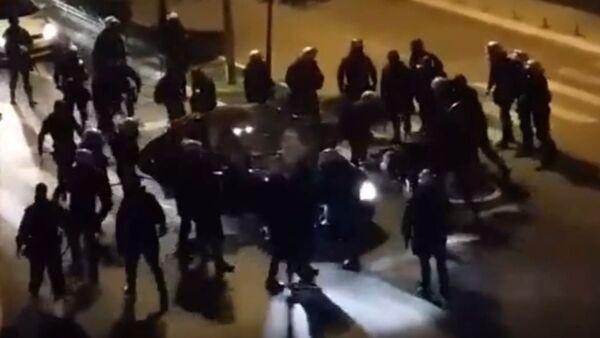 Црногорска полиција брутално пребија председника боксерске организације - Sputnik Србија