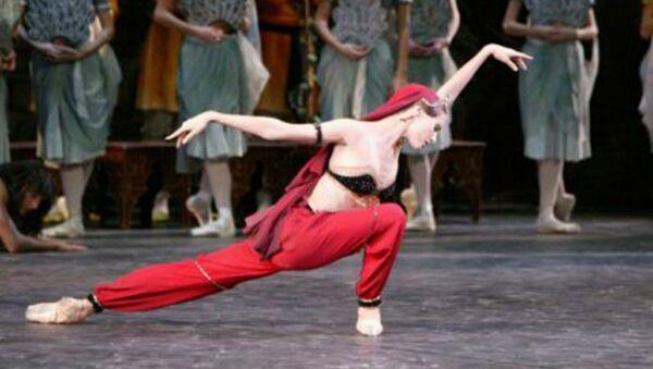 Svetlana Zaharova kao Nikija u baletu Bajadera - Sputnik Srbija
