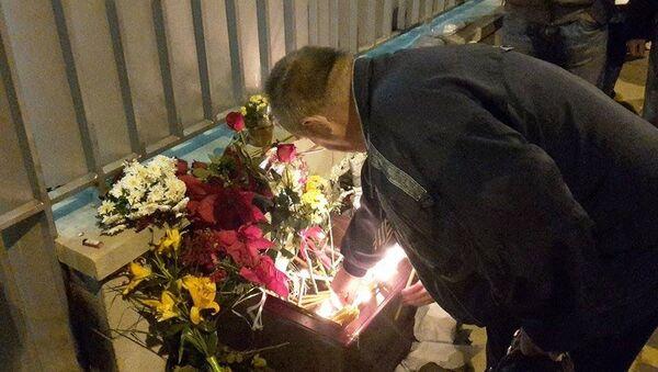 Beograđani odaju poštu stradalima u avionskoj nesreći - Sputnik Srbija