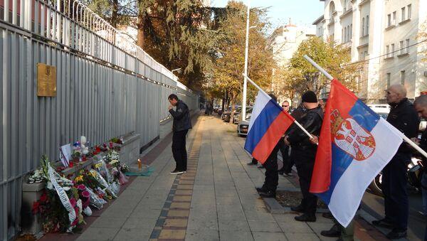 """Predstavnici """"Noćnih vukova"""" izrazili su saučešće povodom tragedije ruskog aviona na Sinaju. - Sputnik Srbija"""