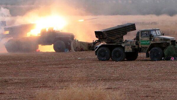 Sirijska vojska u napadu na ID u sevrnom delu Hame - Sputnik Srbija