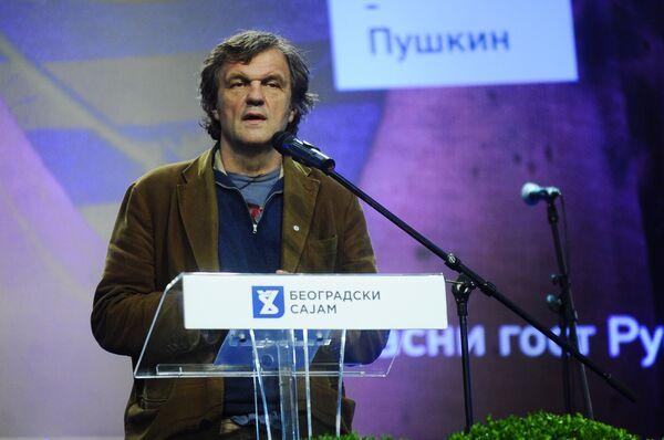 Režiser Emir Kusturica na Sajmu knjiga u Beogradu - Sputnik Srbija