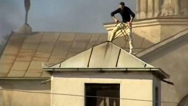 Уништавање манастира на Косову 2004. - Sputnik Србија