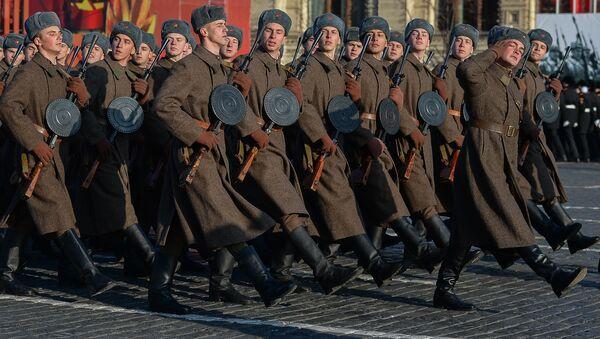 Svečani marš povodom godišnjice legendarne parade 1941. godine u Moskvi - Sputnik Srbija
